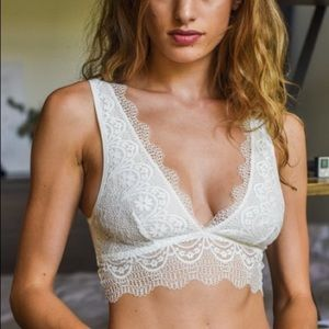 Other - NEW Ivory Lace bralette
